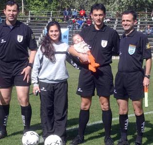 Ya hubo un caso de padre e  hijo uruguayos jugando juntos